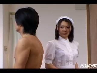 借金返済の為に性的ご奉仕を頑張るメイドさん!! Vol.1