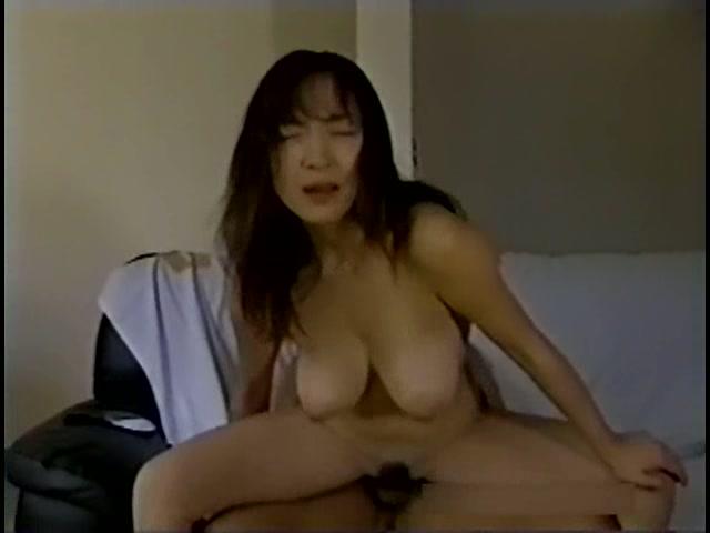 Fカップスケベお姉さん 白川比奈