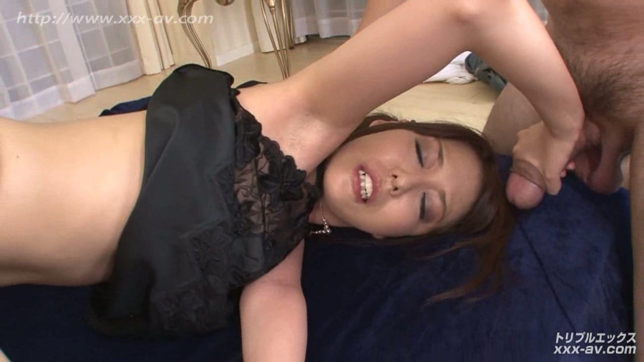 朝桐光 超美爆乳人妻の近親相姦 二穴中出し編 フルハイビジョン VIP限定版