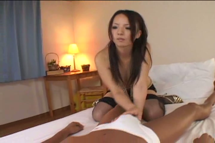 安西カルラ 22歳ハーフの女神!スパニッシュ系美女がイキまくる♪