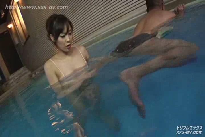熟女女優賞受賞 Fカップ美熟女 堀口奈津美 初裏独占配信後編 VIP限定版