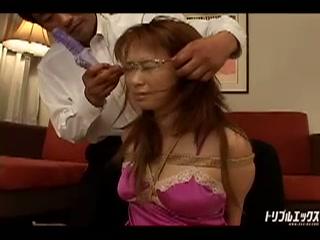 心無い陵辱によって肉奴隷になりはてる美人秘書 VIP限定版