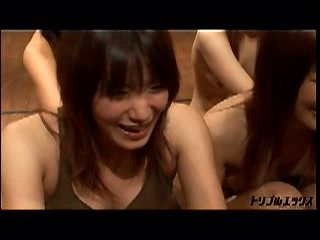 YeLLoW Girlz 大乱交祭 vol.08