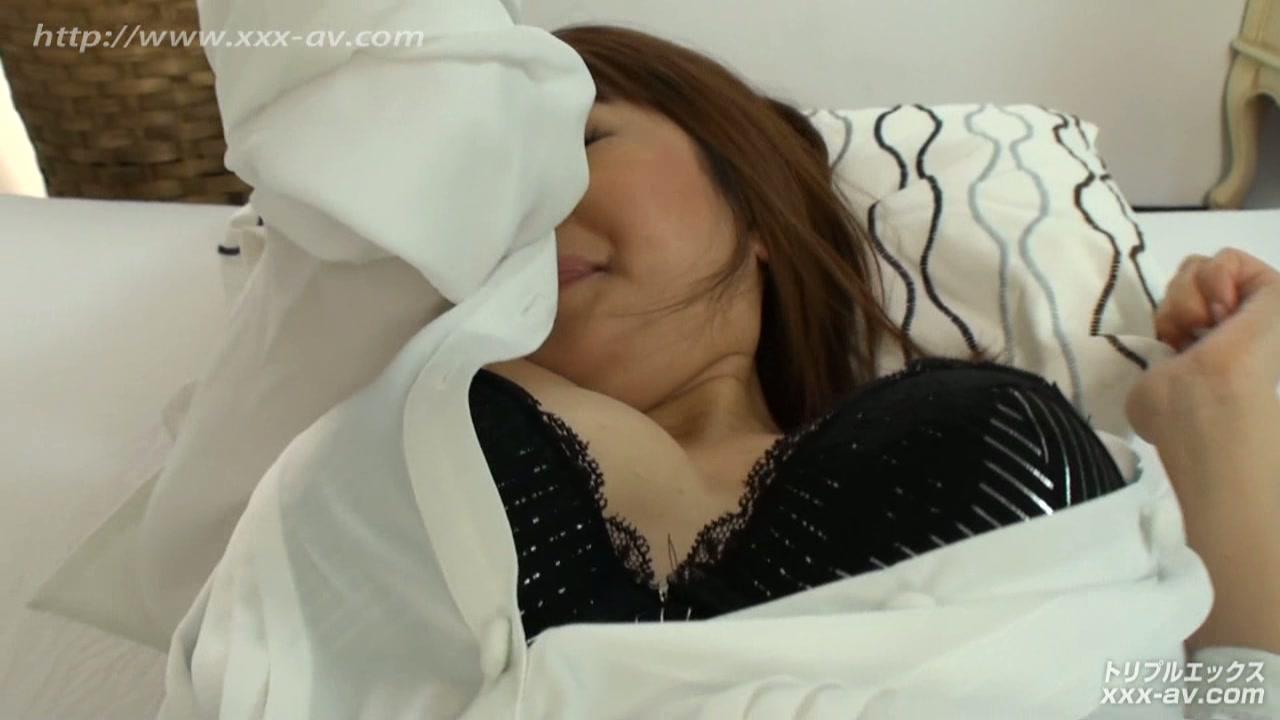 糸矢めい S級女優プレミアム 童顔美少女と恋人気分でラブラブセックス