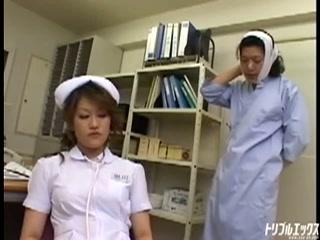 謎の看護師の真意を暴け。特命係長の病室潜入捜査♪