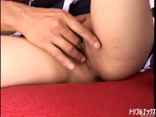 人気女優二人がメイドになって監禁!!過激調教!!!