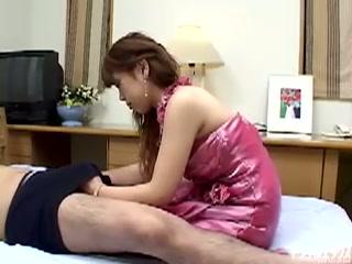 セクシー人妻が母乳を出しながら激しくファック!! PART2