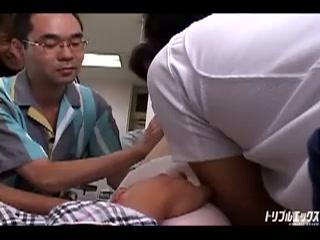 激可愛いナースが患者たちに輪姦!