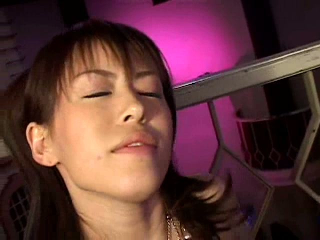 セクシーお姉さま愛ちゃんとが膣内タップリ中出し2連発