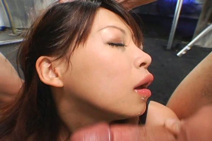 ドMのパンスケは喉の奥まで犯したれや! 1