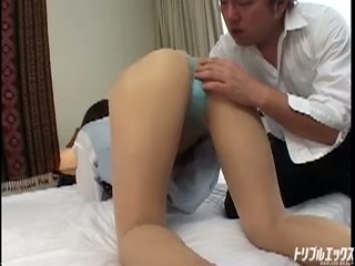 清楚なオフィスレディが衝撃の淫乱SEX!